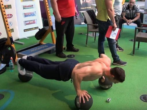 Gabriel Ban – 450 flotari pe mingii in 28 min si 48 s